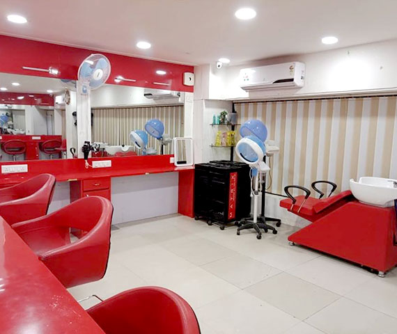 Best Salon Coaching Centre in Ahmedabad